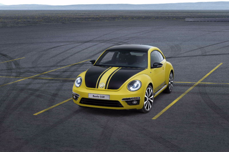 The racing stripe look with the yellow and black color scheme instantly made the 2014 beetle gsr a winner