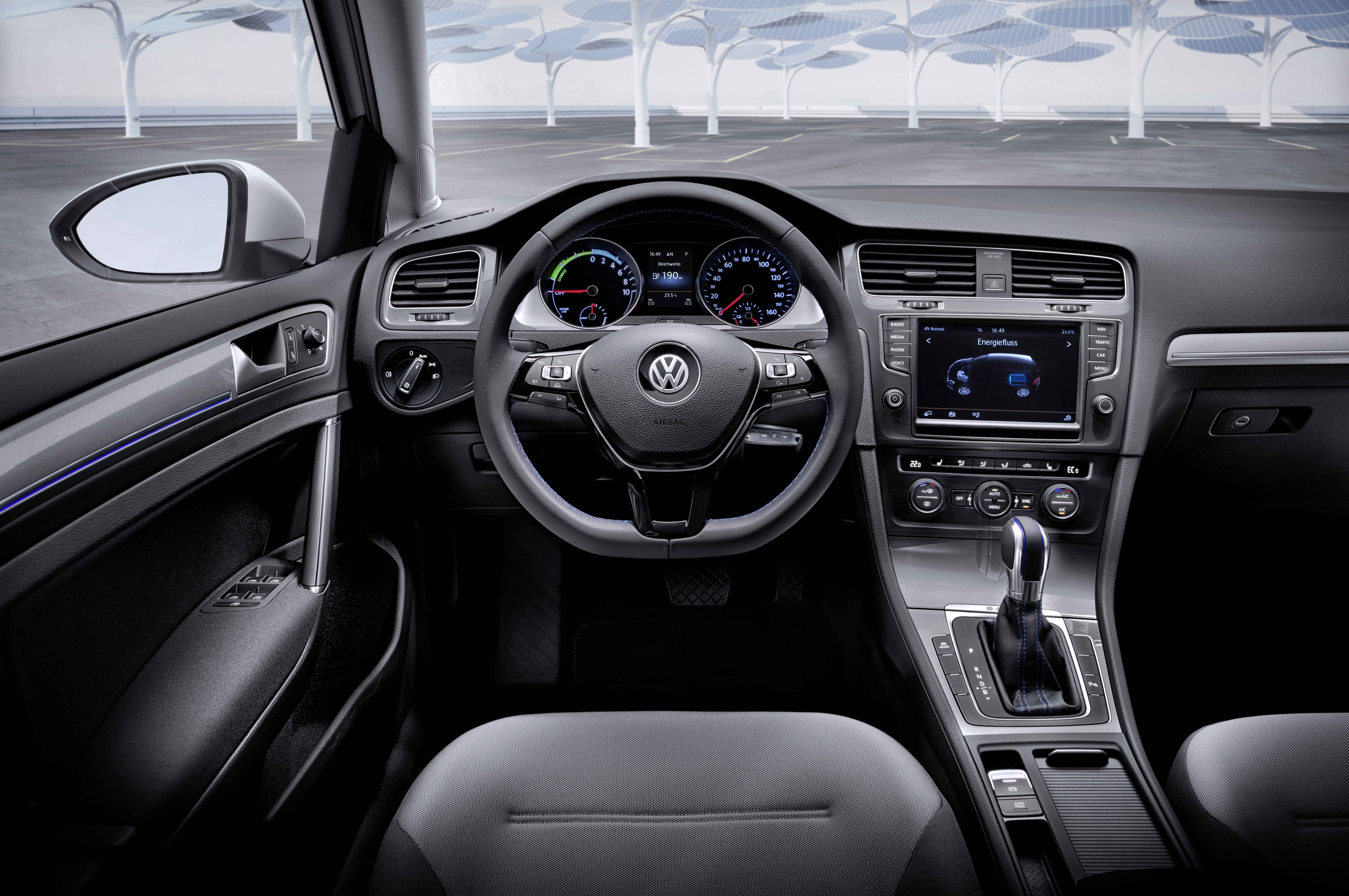 Which Is The Best Electric Vehicle For 2015? » Volkswagen E Golf Interior