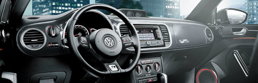 What is the Kaferfach glovebox in the 2015 Volkswagen Beetle?