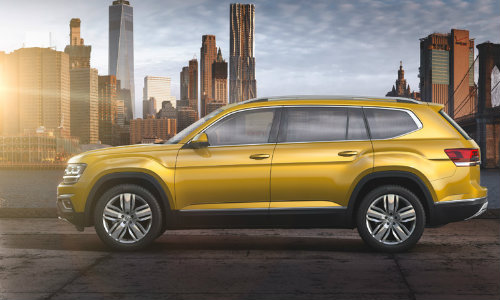 2018 Volkswagen Atlas side shot length with sun flare