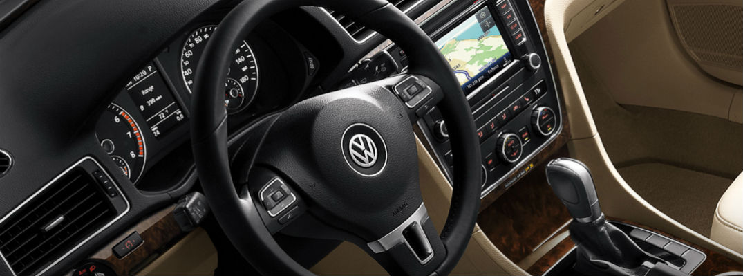 How to Use VW Passat Voice Recognition and Stay Connected On the Road