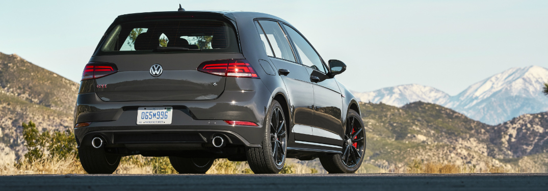 What IIHS safety rating did the 2019 Volkswagen Golf GTI get?