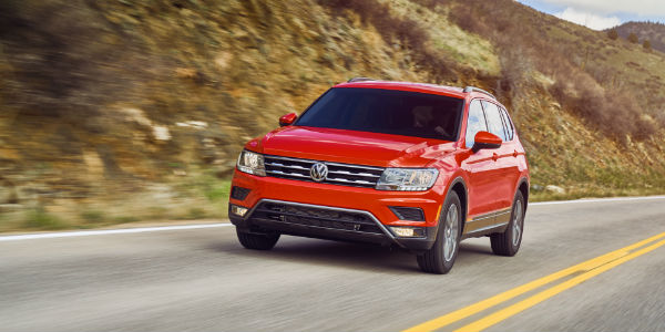 2018 VW Tiguan Red Exterior Front - What is the starting price for a 2018 Volkswagen Tiguan