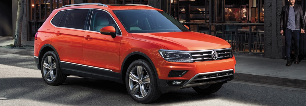 What are the technology features of the 2018 Volkswagen Tiguan?