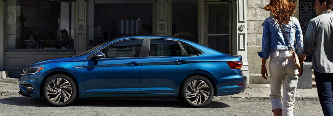 Instagram highlights the style and sporty looks of the 2019 Volkswagen Jetta in 6 photos