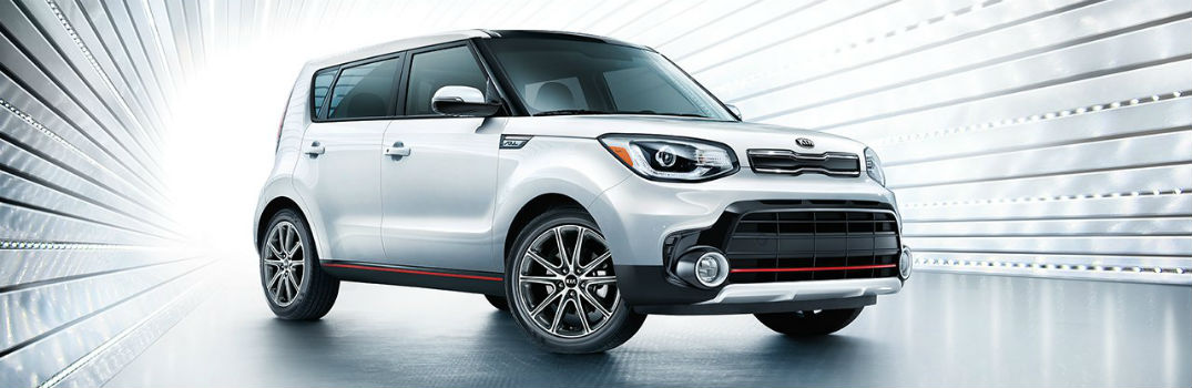 2019 Kia Soul Exclaim Exterior Passenger Side Front Angle