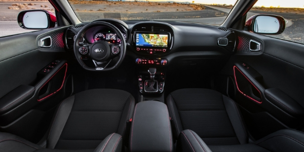 2020 Kia Soul Front Cabin in Black Trim