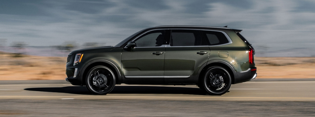 2020 Kia Telluride Side View of Green Exterior