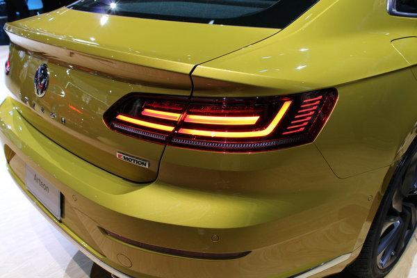 VW Dealer Chicago >> 2019 Volkswagen Arteon Gallery 2018 Chicago Auto Show