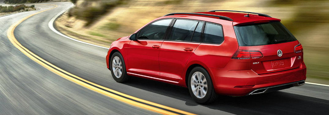 Tornado Red 2018 VW Golf SportWagen