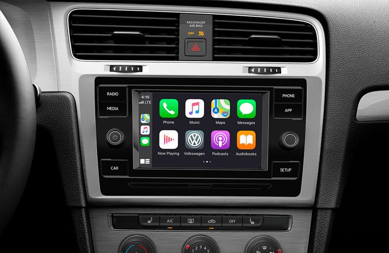 2020 Volkswagen Golf 6.5-inch color touchscreen display