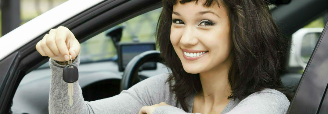 Used car shoppers in Springfield, VA apply for the loan they need at Karen Radley Volkswagen