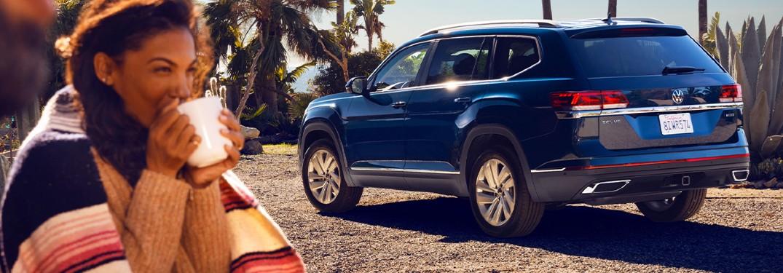2021 Volkswagen Atlas side and rear profile