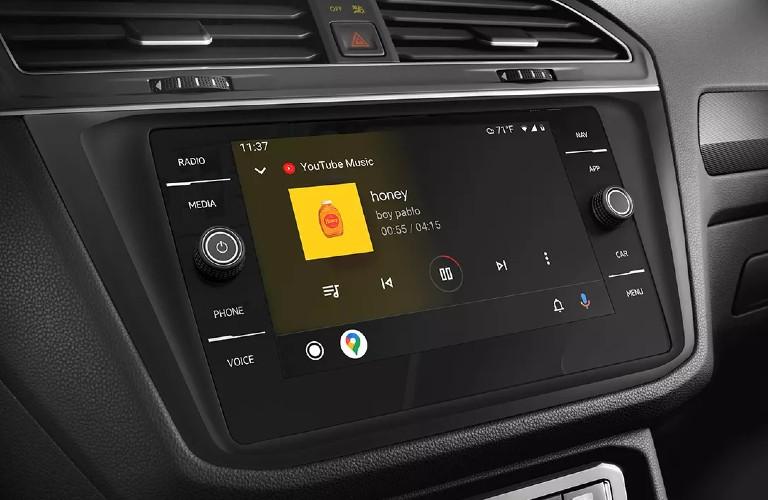 2021 Volkswagen Tiguan touchscreen display