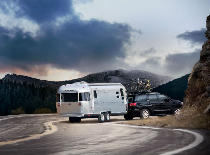 2017 Toyota Sequoia Towing a trailer