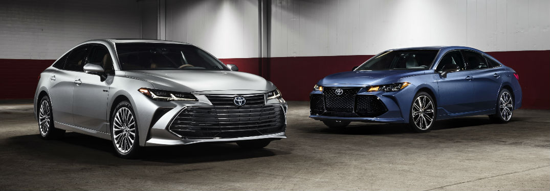 Silver and Blue 2019 Toyota Avalon Models