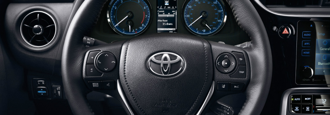 2019 Toyota Corolla steering wheel and driver gauges