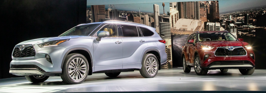 2020 Toyota Highlander on stage at the New York International Auto Show