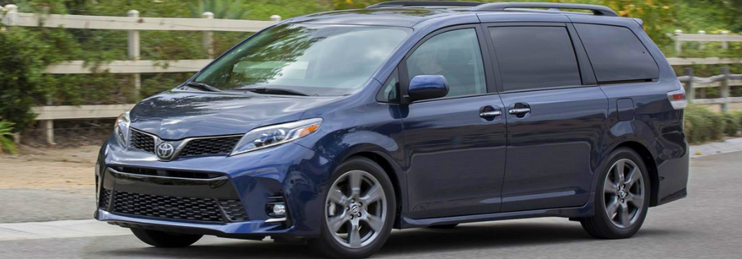 2020 Toyota Sienna exterior side profile