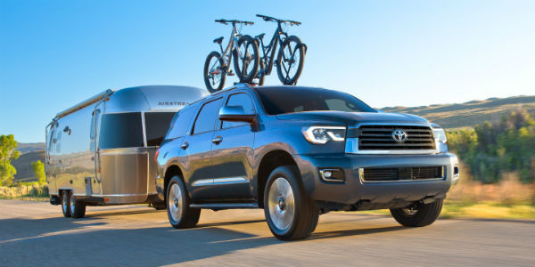 2020 Toyota Sequoia towing trailer