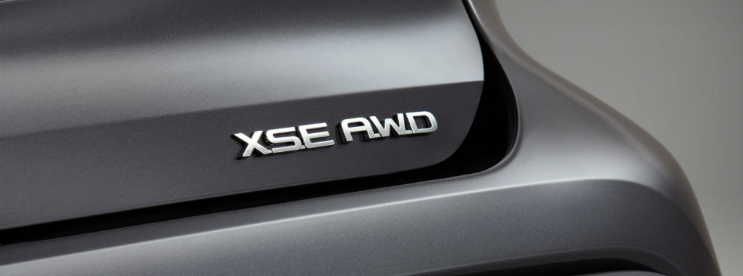 A photo of the XSE badge used by the 2021 Toyota Highlander XSE.