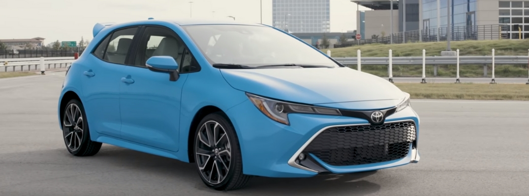 Front Diagonal View of 2019 Toyota Corolla Hatchback in Blue Flame