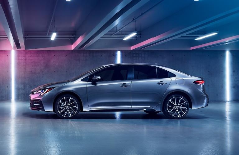 A left profile photo of the 2020 Toyota Corolla.