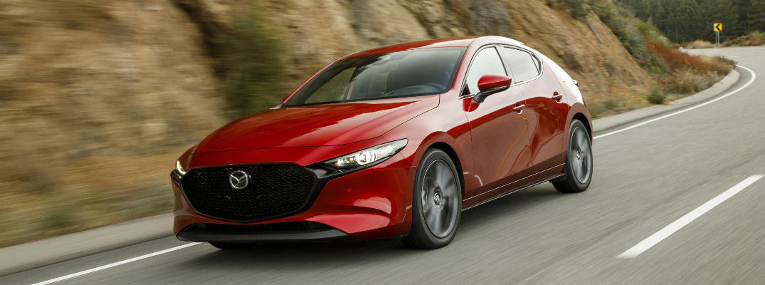 What Standard Safety Features Does the 2019 Mazda3 Hatchback Offer?