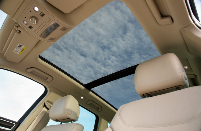 volkswagen touareg interior, sunroof