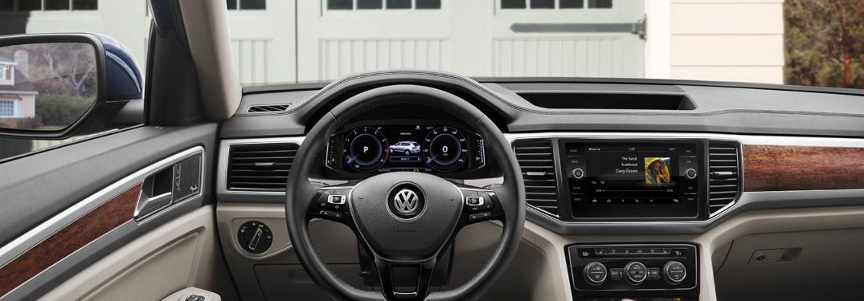 2019 Volkswagen Atlas dashboard