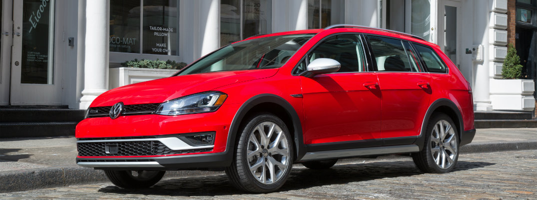 new exterior design features on the 2017 vw golf alltrack
