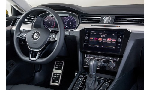 2019 VW Arteon interior