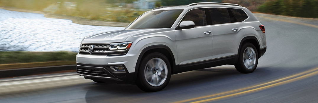 2019 Volkswagen Atlas driving outside