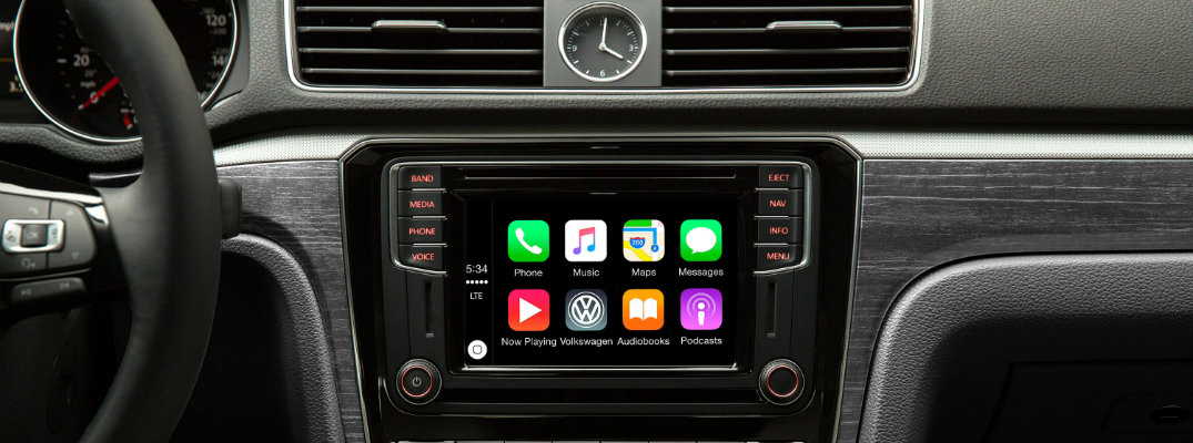 must have apple carplay apps. Black Bedroom Furniture Sets. Home Design Ideas