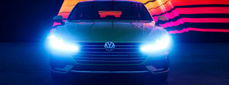 Douglas Sonders photo of the 2019 Volkswagen Arteon front profile