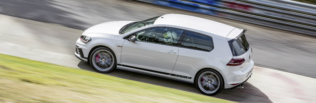 What is the top speed of the 2017 VW Golf GTI Clubsport S?