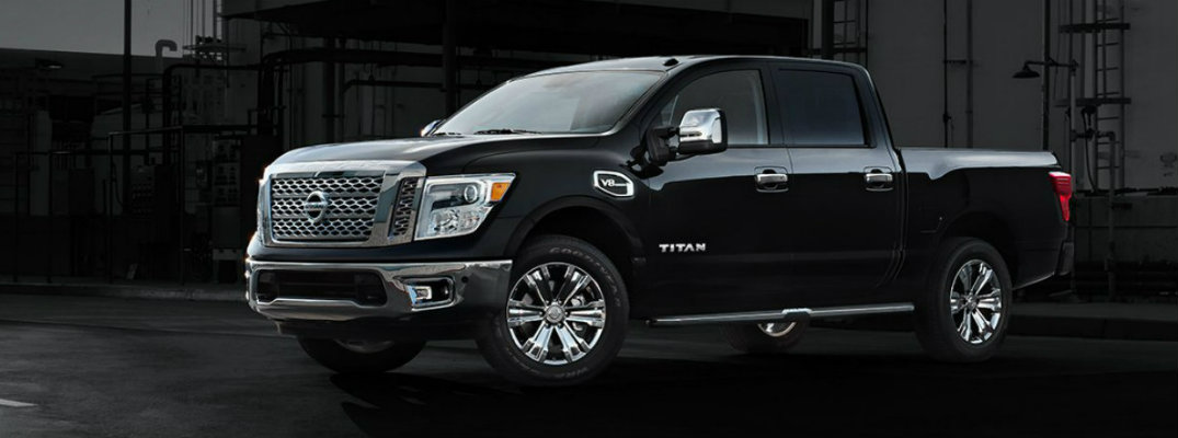 2017 Nissan Titan towing capacity and engine specs