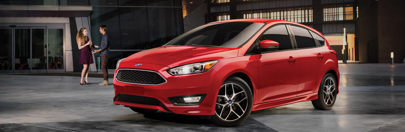 2016 ford focus exterior red sedan