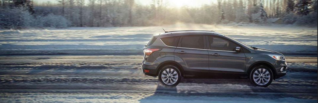 2017 ford escape all-wheel drive driving in snow