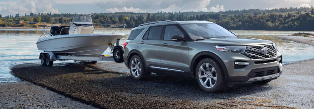 2020 Ford Explorer hauling a boat out of the water