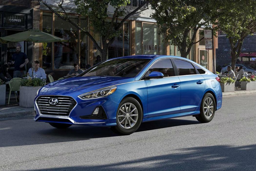 2018 Hyundai Sonata in Electric Blue