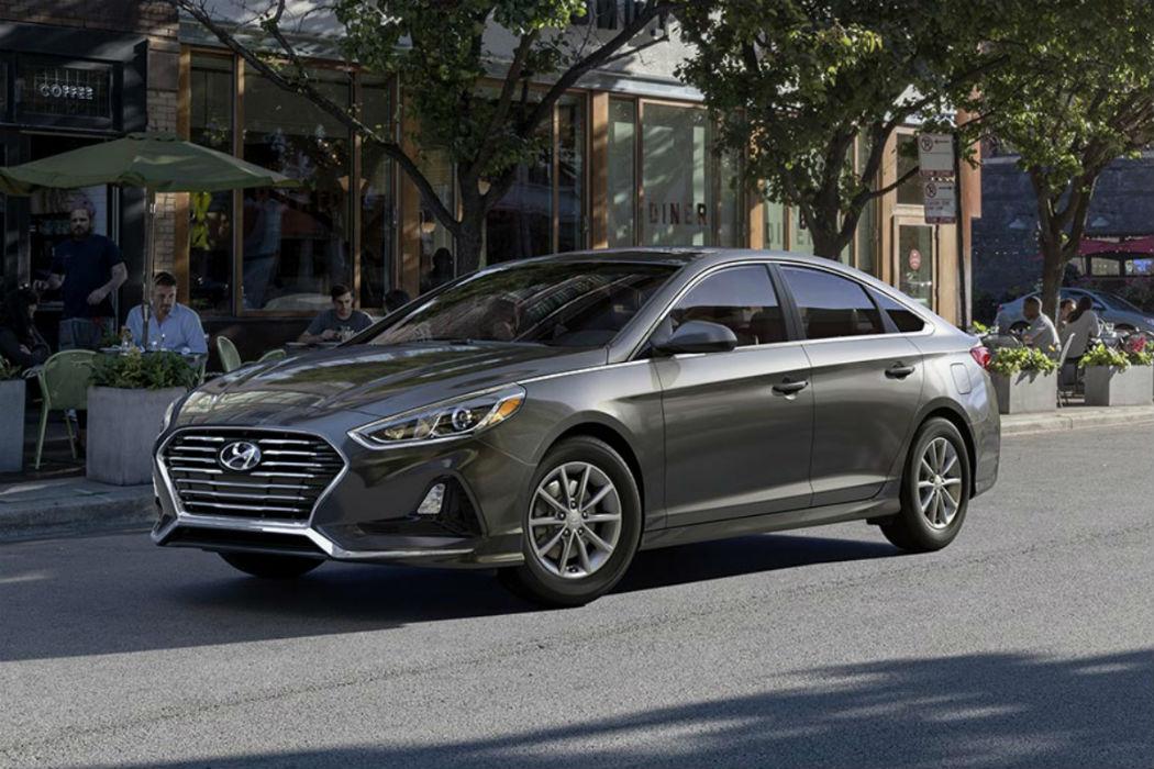2018 Hyundai Sonata in Machine Gray