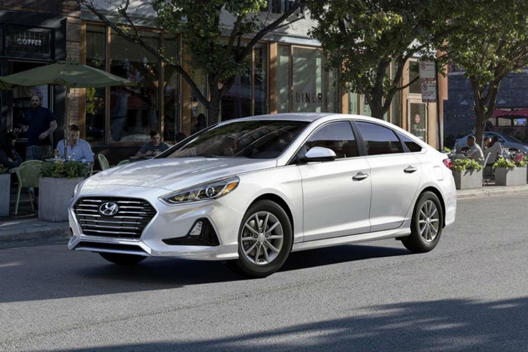 2018 Hyundai Sonata in Quart White Pearl