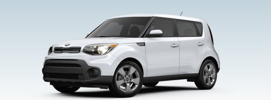 Which colors does the 2017 Kia Soul Base come in