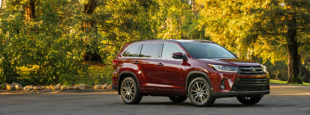 2018 toyota highlander release date and new features. Black Bedroom Furniture Sets. Home Design Ideas