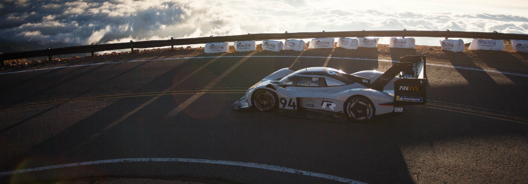 Volkswagen I.D. R Pikes Peak side profile