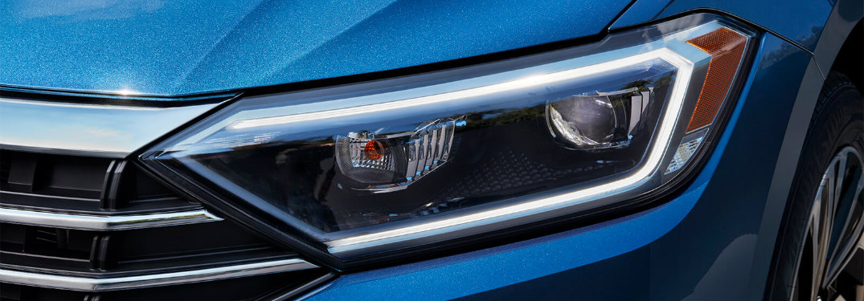 2019 Volkswagen Jetta headlight