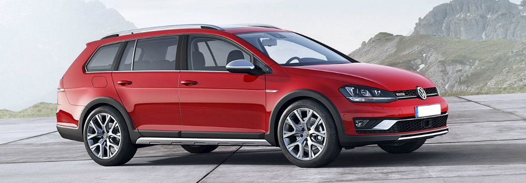 What is the storage capacity of the 2017 Volkswagen Golf Alltrack