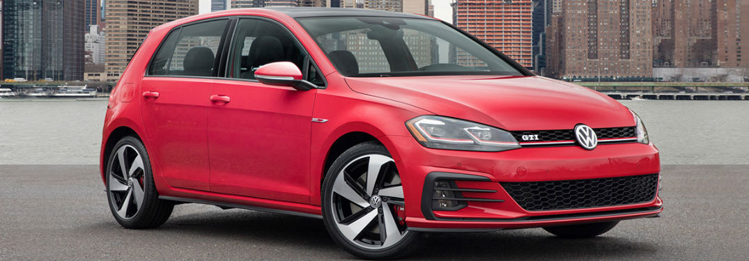 2018 Volkswagen Golf GTI in red