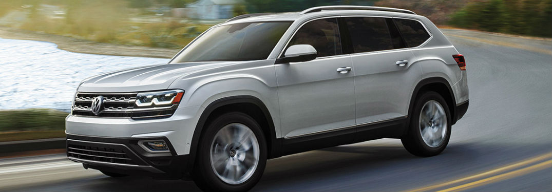 What colors are available on the Volkswagen Atlas?